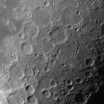 Місяць 4 жовтня 2015