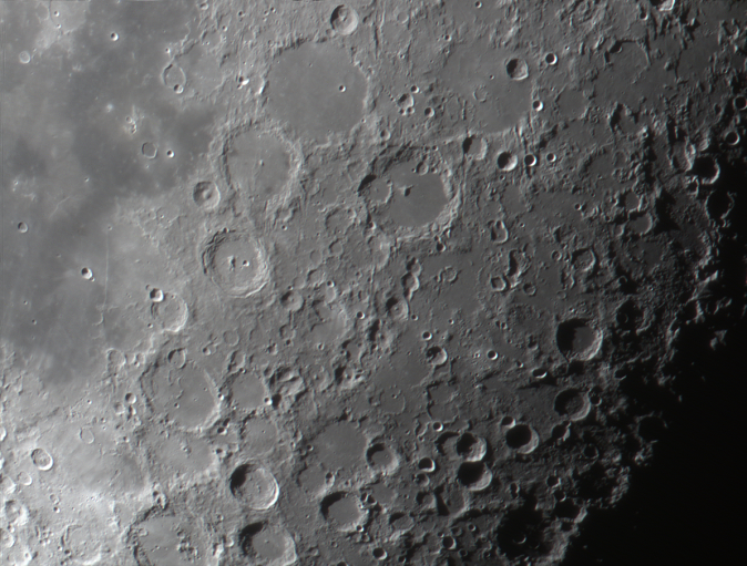 moon_024857_ps